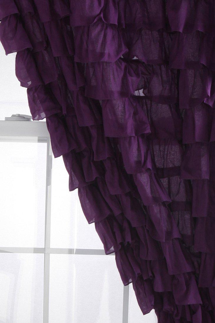 Waterfall Ruffle Curtain - Urban Outfitters