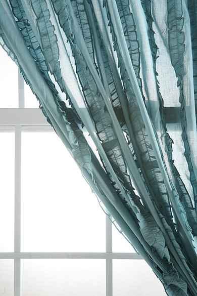 Tuxedo Ruffle Curtain