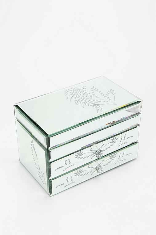 Etched leaf mirrored jewelry box urban outfitters for Mirror jewellery box