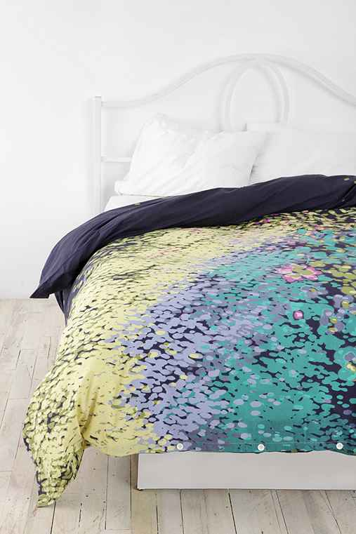 UrbanOutfitters.com > Floating Flowers Duvet CoverUrbanOutfitters.com > Official Site of Urban Outfitters > Shop Women's, Men's and Apartment :  bedroom duvet cover flowers