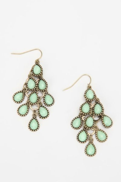 UO Chandelier Earring