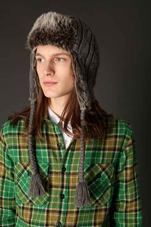 Urban Outfitters - Cable-Knit Trapper Hat