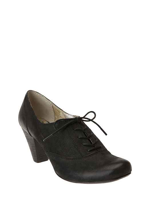 Seychelles Heel Oxford :  leather oxfords vintage inspired chunky heel