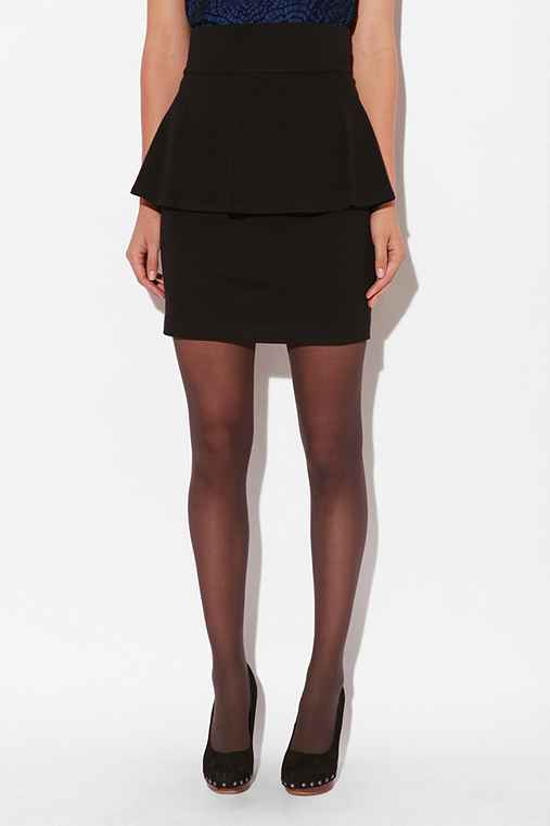 Chapman Skirt :  high waist swingy above the knee knit