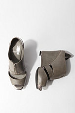 Who We See Zip Peeptoe Wedge