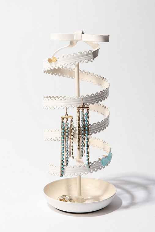 Thumbnail image for Spinning Ribbon Jewelry Stand