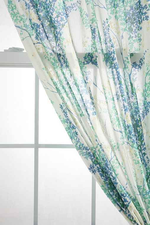 Breezy Branch Curtain