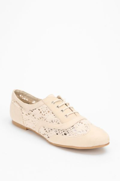 Wanted Crochet Oxford