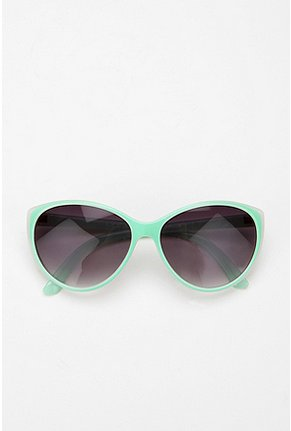 Candy Beach - Two-Tone Cat Eye Sunglasses