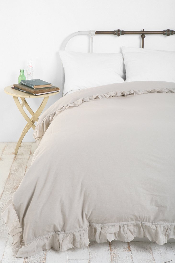 Edge Ruffle Duvet Cover Urban Outfitters