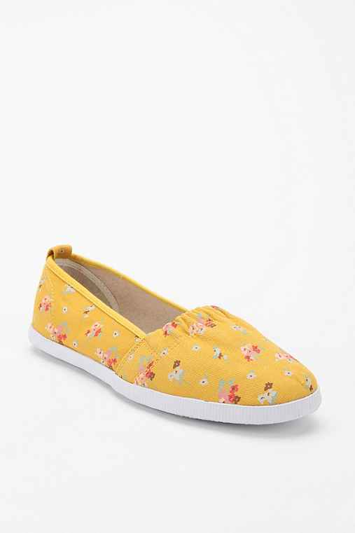 Printed Yellow Floral Dottie Slip-On Sneaker