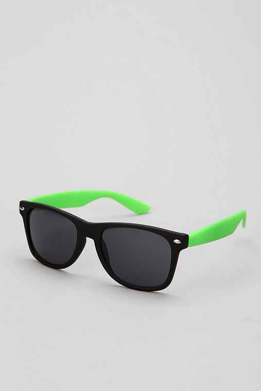 Two-Tone Matte Risky Sunglasses
