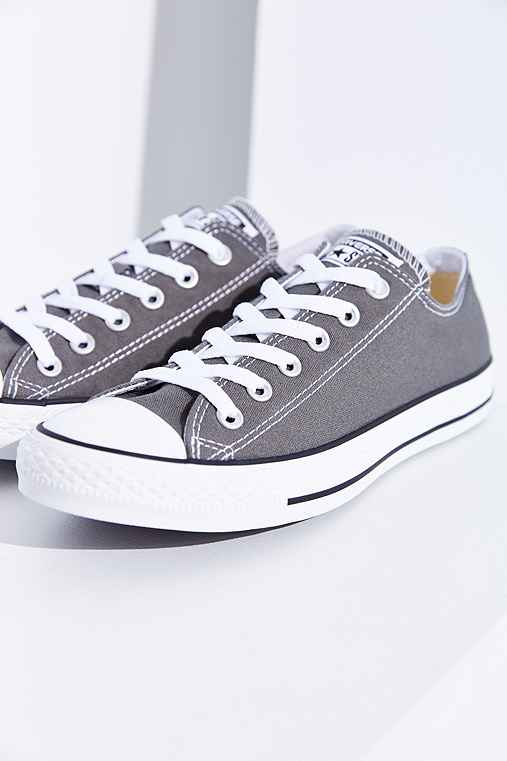 Converse Chuck Taylor All Star Low-Top Sneaker,GREY,8.5