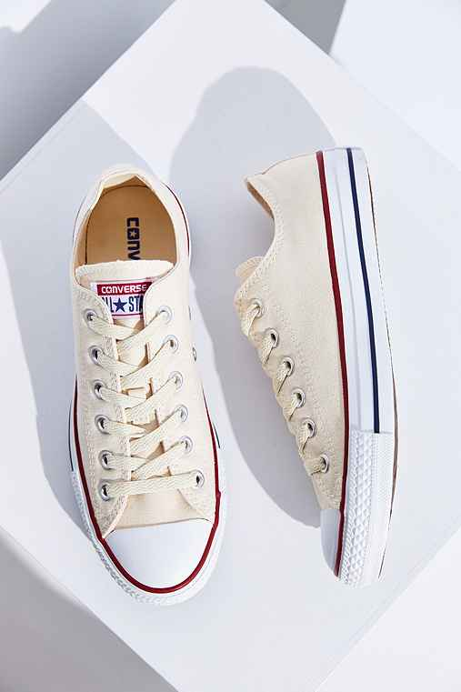 Converse Chuck Taylor All Star Low-Top Sneaker,IVORY,8