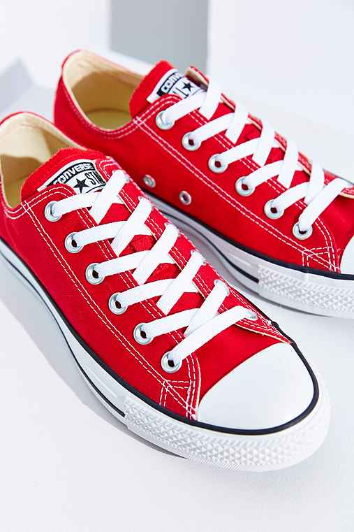 Converse Chuck Taylor All Star Low-Top Sneaker,RED,5