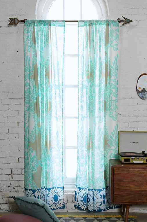 Vine Flourish Curtain