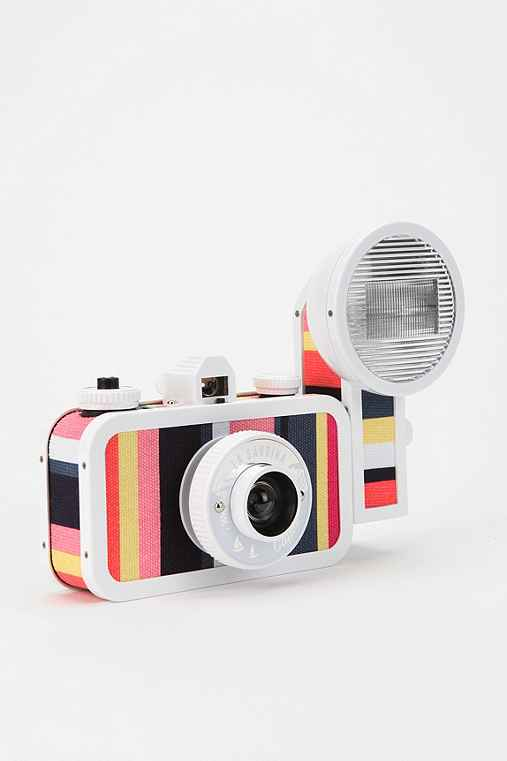 Thumbnail image for Lomography La Sardina Flash Analogue Camera
