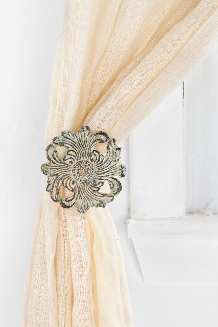 Fleur curtain tie back urban outfitters for Curtain tie backs placement