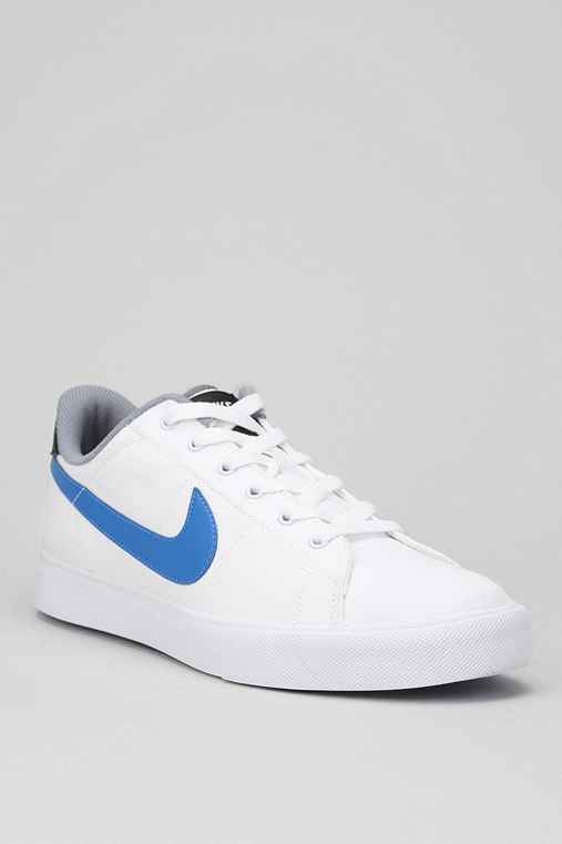 Nike Sweet Classic Canvas Sneaker