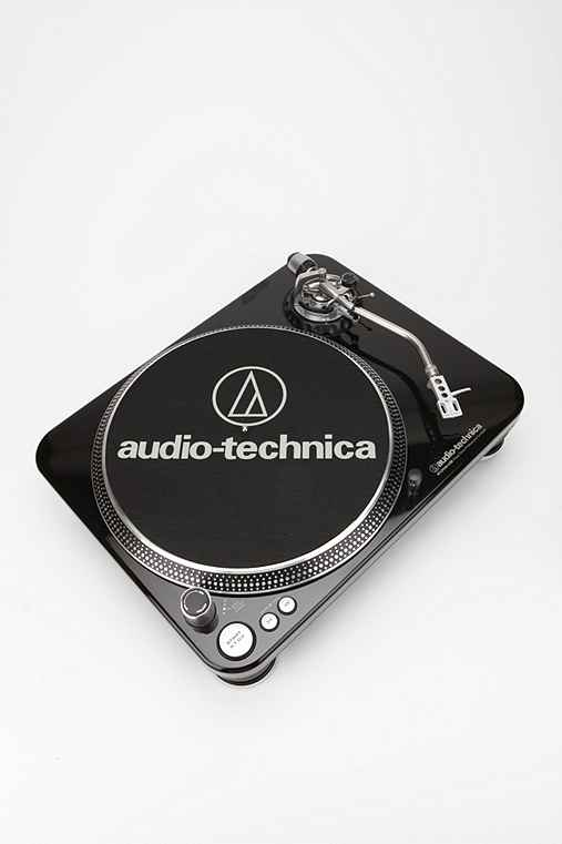 Performance Turntable by AudioTechnica