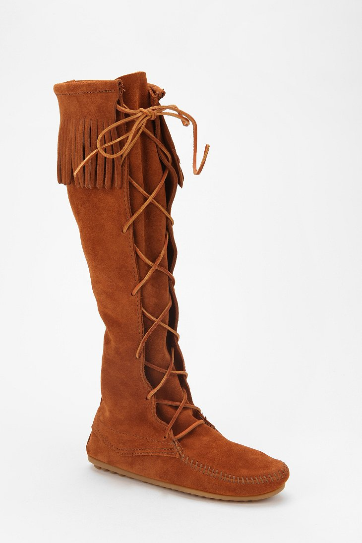 minnetonka lace up boot outfitters