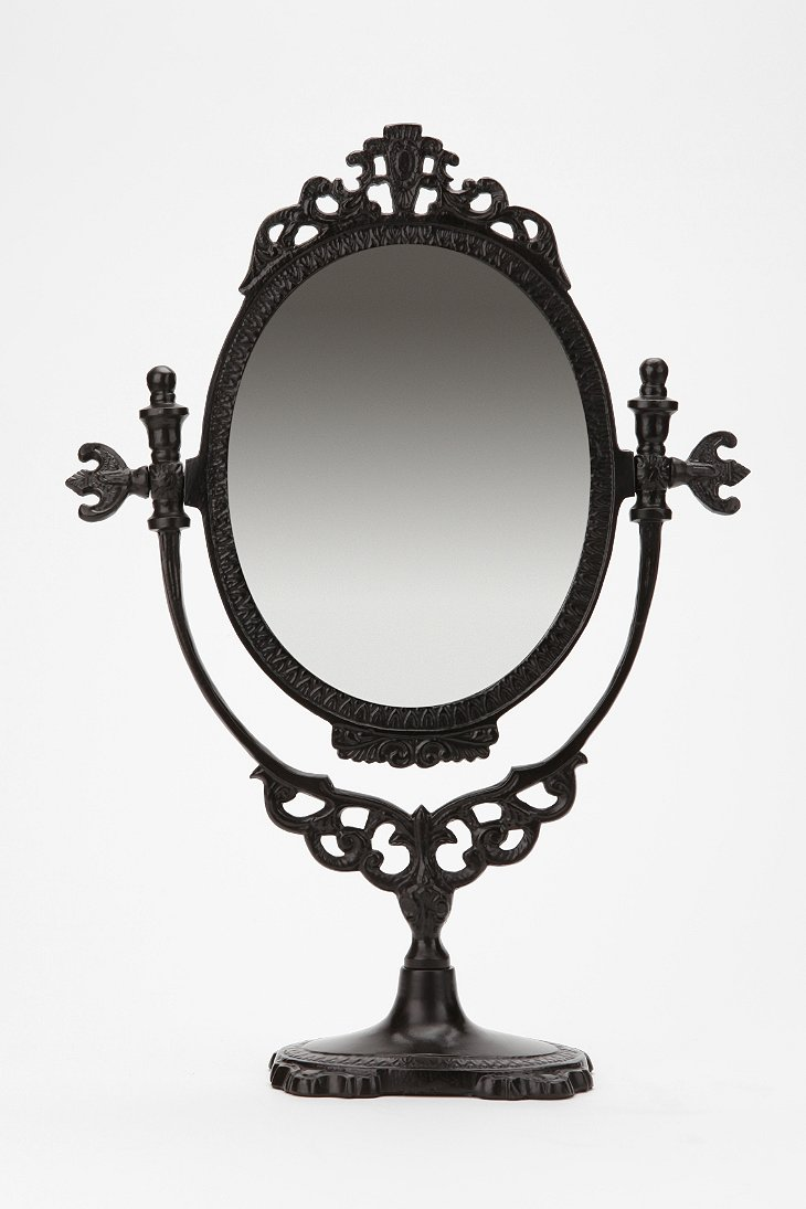 Vanity mirror urban outfitters for Room decor urban outfitters