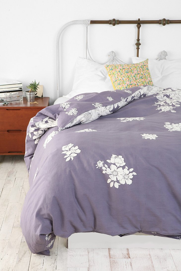 Falling Floral Duvet Cover Urban Outfitters