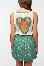 Reverse Heart-Back Cutout Dress
