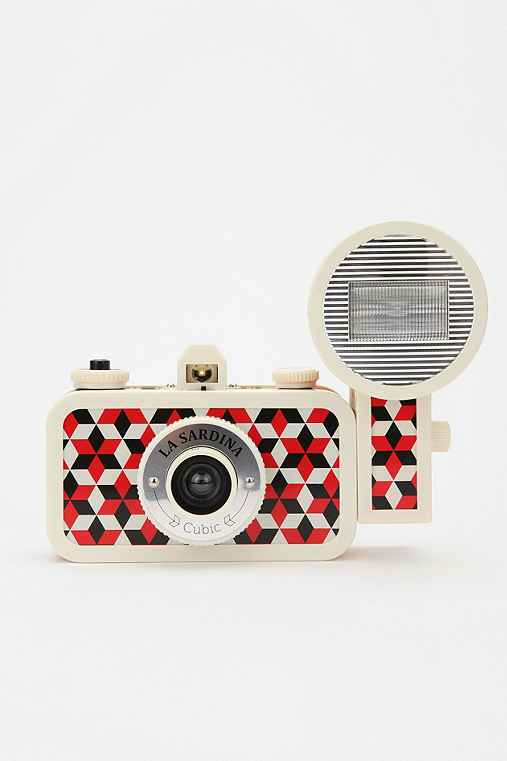 Thumbnail image for Lomography La Sardina Flash DXL Analogue Camera