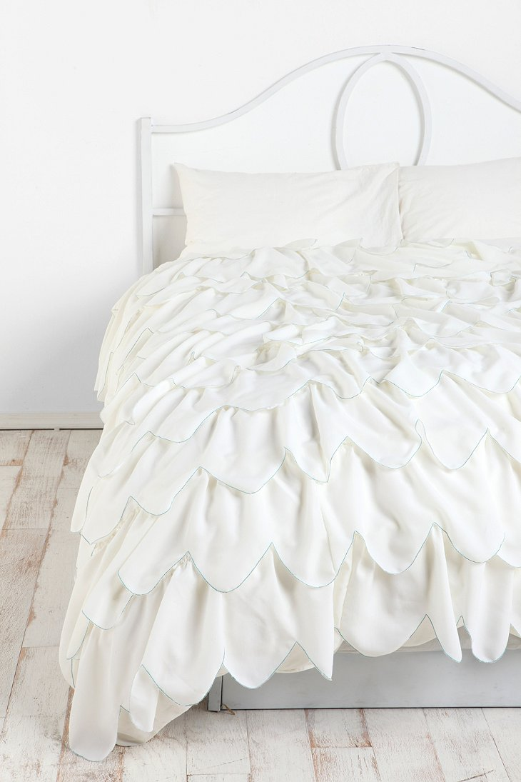 Stitched Scallop Ruffle Duvet Cover Urban Outfitters