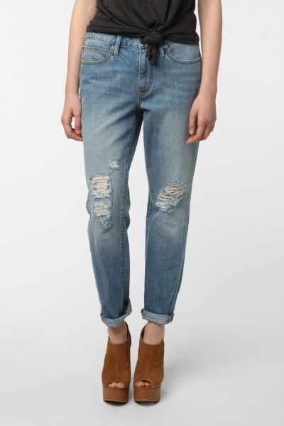 BDG Destructed Boyfriend Jean