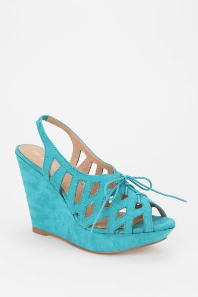 Chelsea Crew Cut-Out Wedge