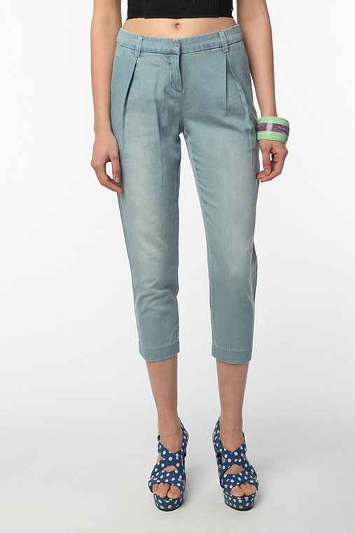 Silence & Noise Pleated Peg Leg Jean
