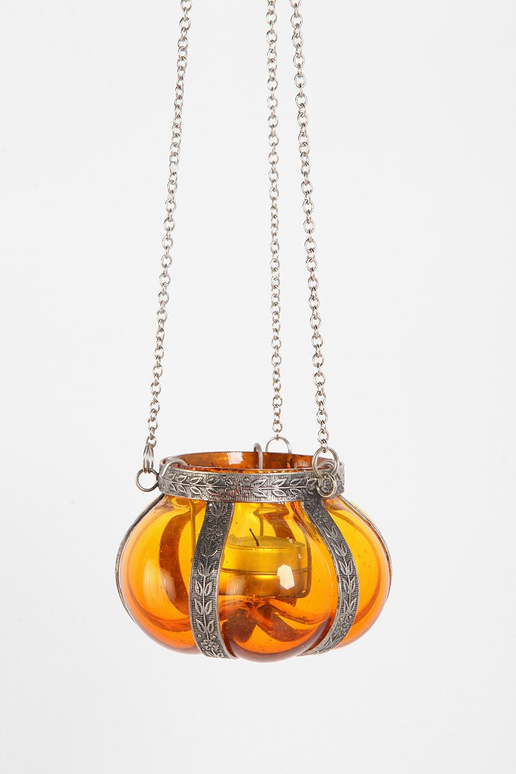 Hanging glass candle holder urban outfitters for Hanging votive candles