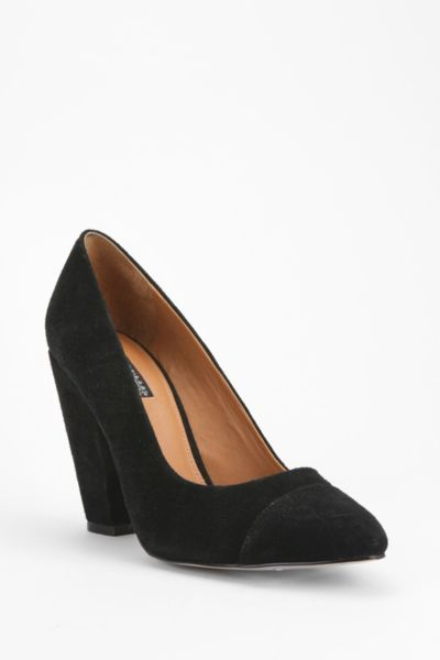 Deena & Ozzy Pointy-Toe Pump