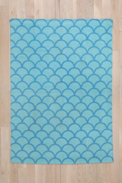 Stamped Scallop Rug