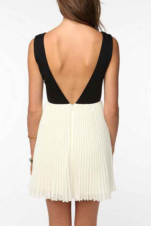 KNT By Kova & T Sleeveless Windsor Dress: Black And White 12 Womens Dresses
