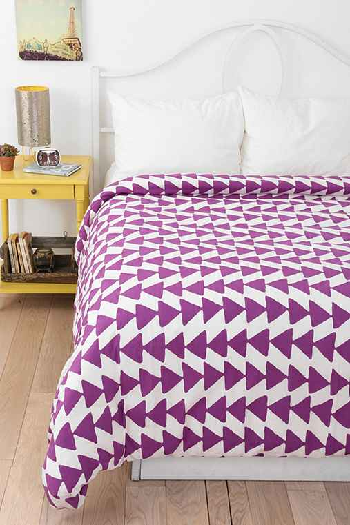 Magical Thinking Triangle Chain Duvet Cover