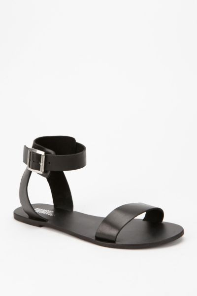 Deena & Ozzy Leather Buckle Sandal