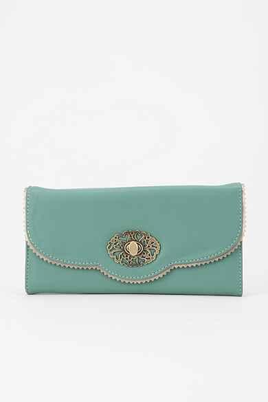 Kimchi Blue Scallop-Lace Checkbook Wallet