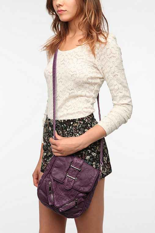 Deena & Ozzy North Shore Crossbody Bag