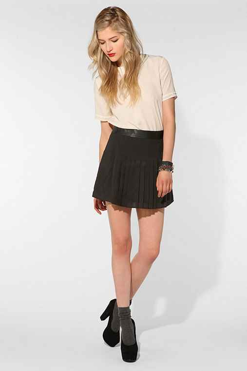 CÖ Pleated Mini Skirt