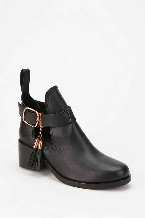 Shakuhachi Cutout Tassel Riding Boot
