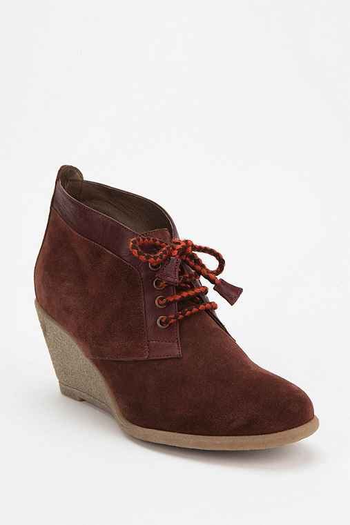 Sessun Totem Lace-Up Wedge