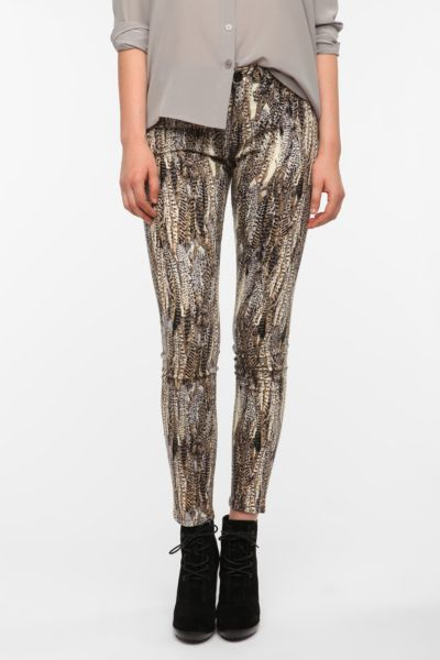 BDG Cigarette High-Rise Printed Jean - Feather Print