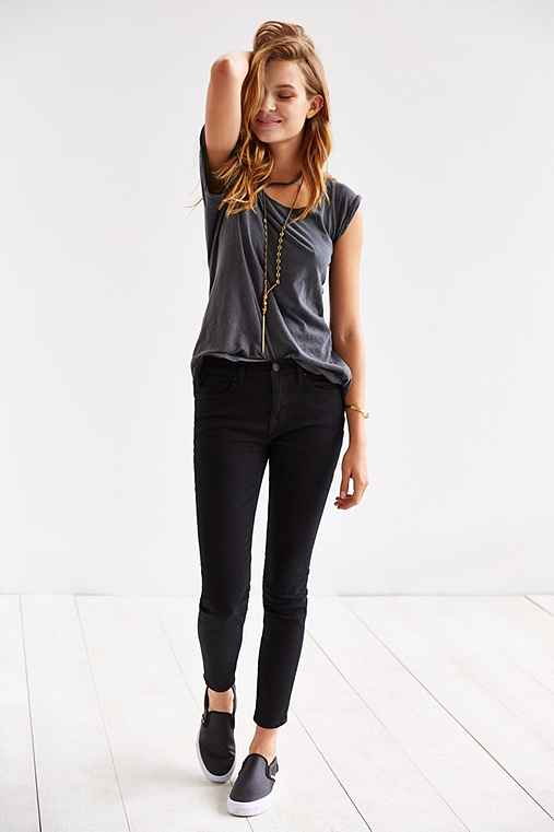 Urban Outfitters BDG Twig Mid-Rise Jean - Black