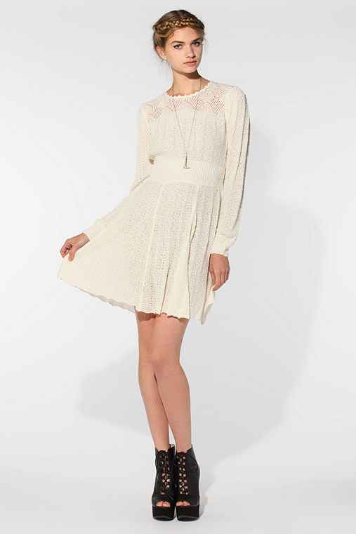 Carin Wester Roxy Sweater Dress