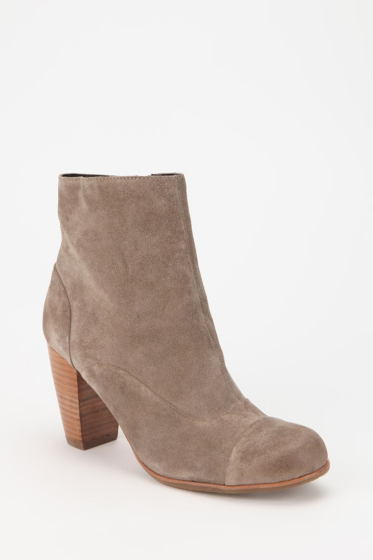 dolce vita nuri suede ankle boot outfitters