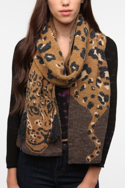 Cooperative Safari Scarf