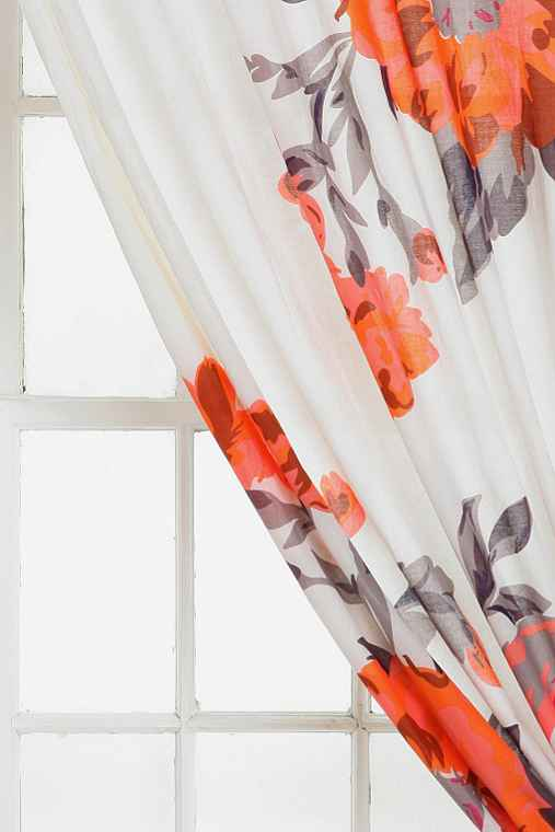 Plum & Bow Falling Garden Curtain